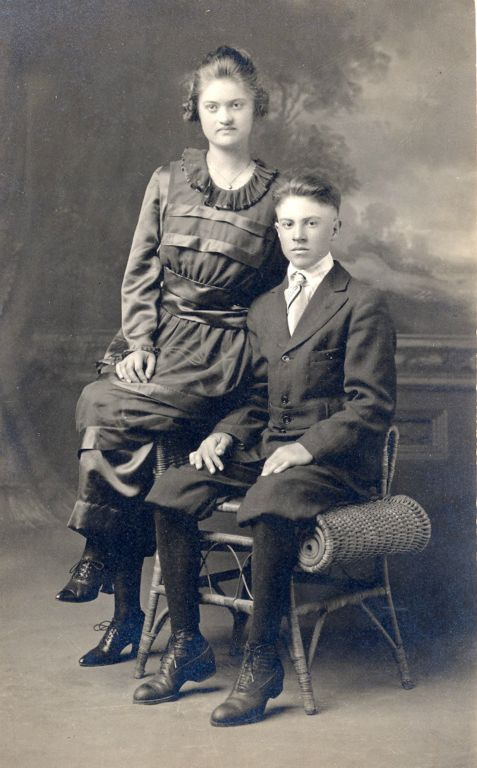 Gordon and Edna Wallace